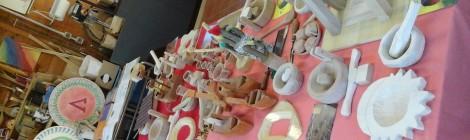 Laboratorio legno e creta, per la realizzazione di oggetti in legno o in creta, compresa la lira...